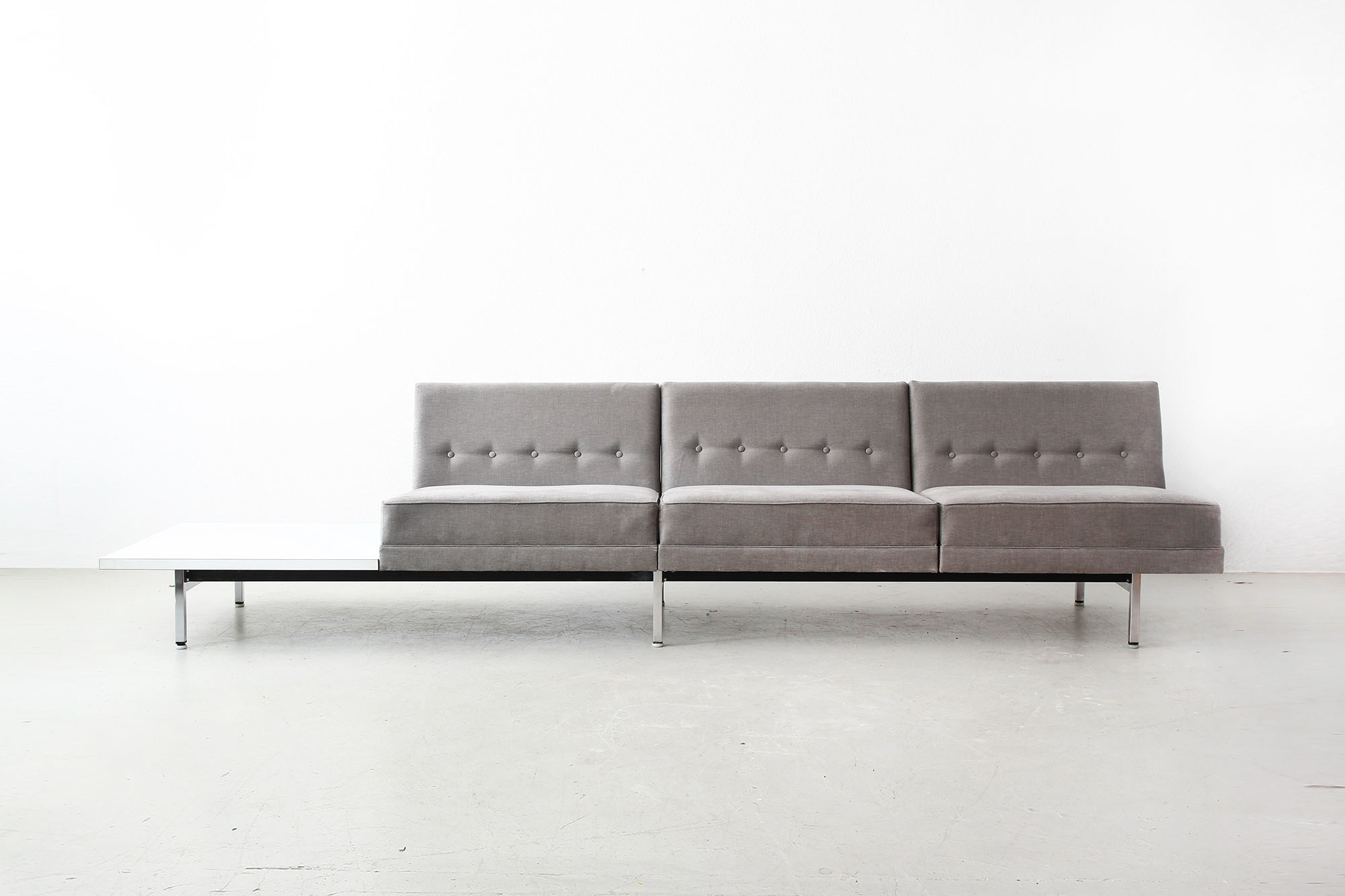 galerie bachmann modular system sofa by george nelson. Black Bedroom Furniture Sets. Home Design Ideas