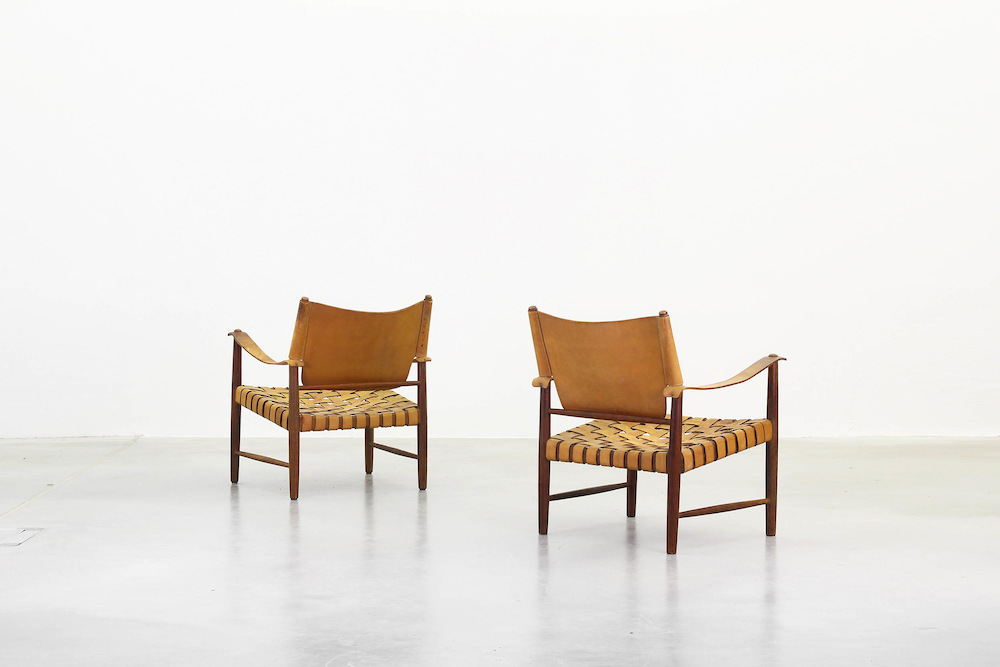 A pair of Lounge Safari Chairs